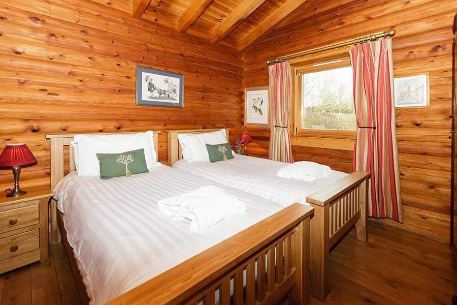 Elsa Lodge 06