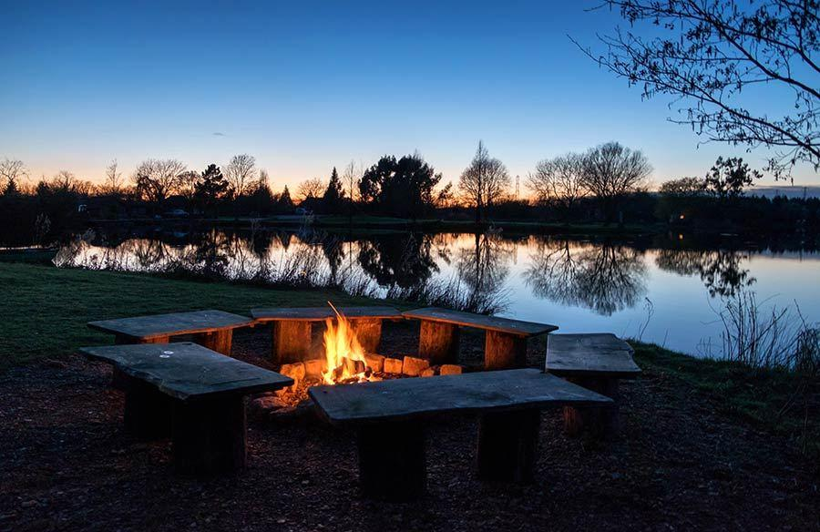 Holiday-cabin-with-fire-pit