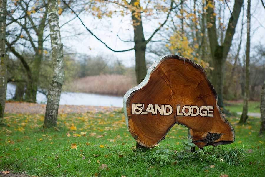Island Lodge 17