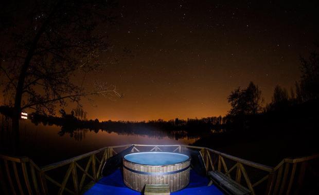 Honeymoon Holiday With Hot Tub