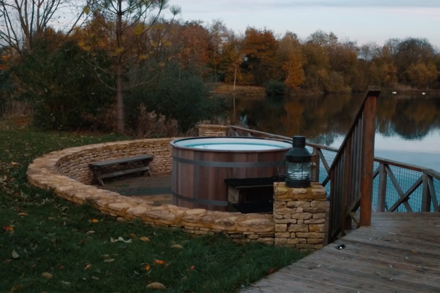 Luxury-Lodges-With-Hot-Tubs
