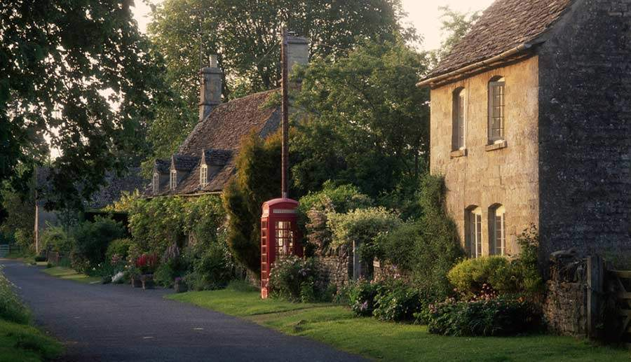 Cotswold Villages And Towns